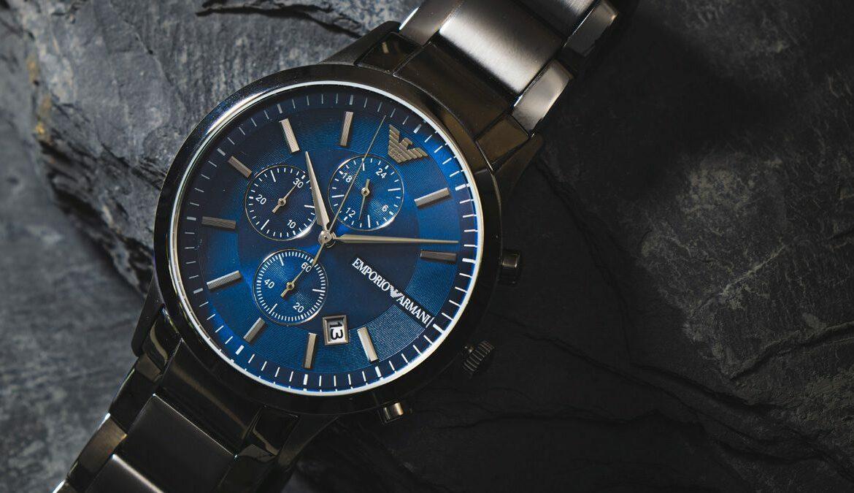 Armbanduhr aus dem Hause Emporio Armani, Foto: Yu Jinyang / Unsplash