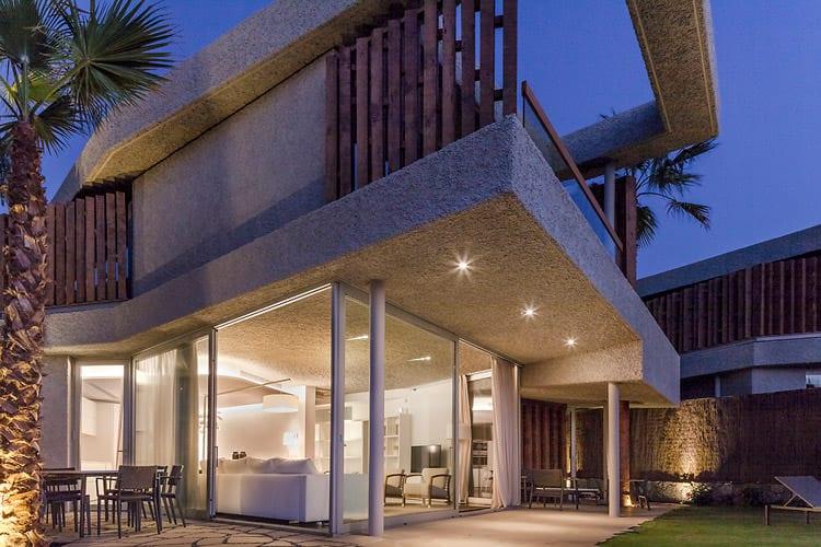 Eine Bellevue Villa in der Abenddämmerung, Foto: Abama Resort