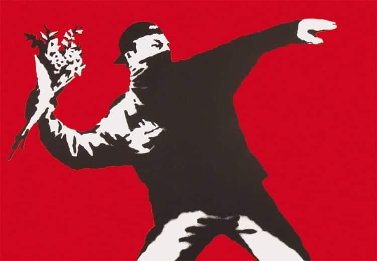 """Love is the air (flower thrower)"", Foto: Bansky"