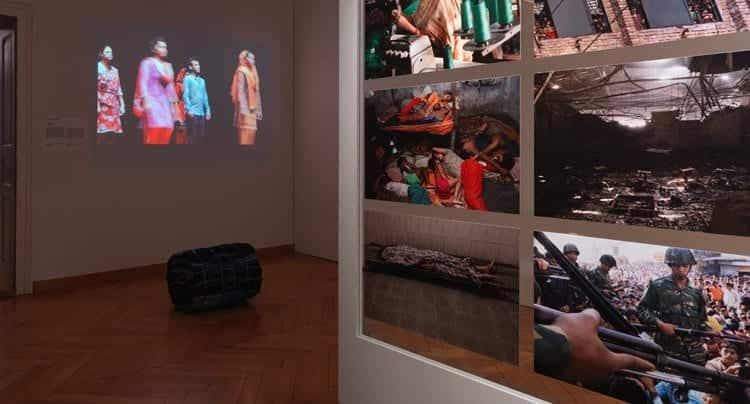 """""""Fast Fashion. Die Schattenseiten der Mode"""", Textilmuseum St.Gallen (26.10.16-5.6.17). Fotograf: Jürg Zürcher"""
