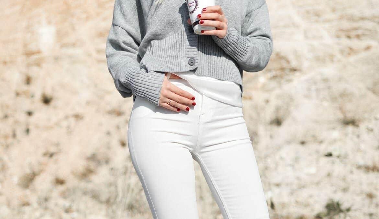 Mode-Trend 2020: White Denim, Foto: Tamara Bellis / Unsplash