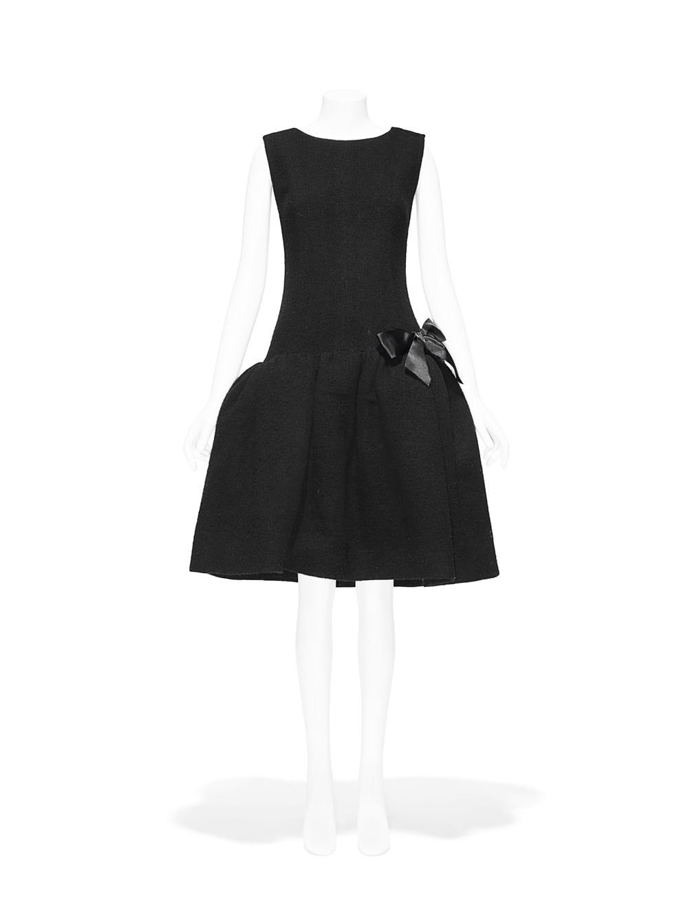 Timeline Dress, Cristóbal Balenciaga (Spanish, 1895–1972), fall/winter 1958–59; Gift of Rosamond Bernier, 1973 (1973.58.1a, b). Image courtesy of The Metropolitan Museum of Art, Photo © Nicholas Alan Cope