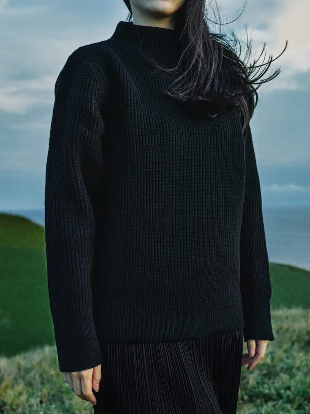The Sweater von Goldwin: Der erste Knit-Sweater aus Brewed Protein, einer pflanzlichen Biomasse, Foto: Goldwin