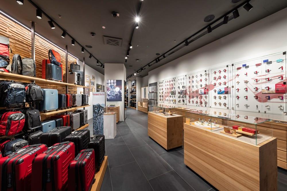 Eingangsbereich des neuen Victorinox Berlin Stores, Foto: Victorinox AG