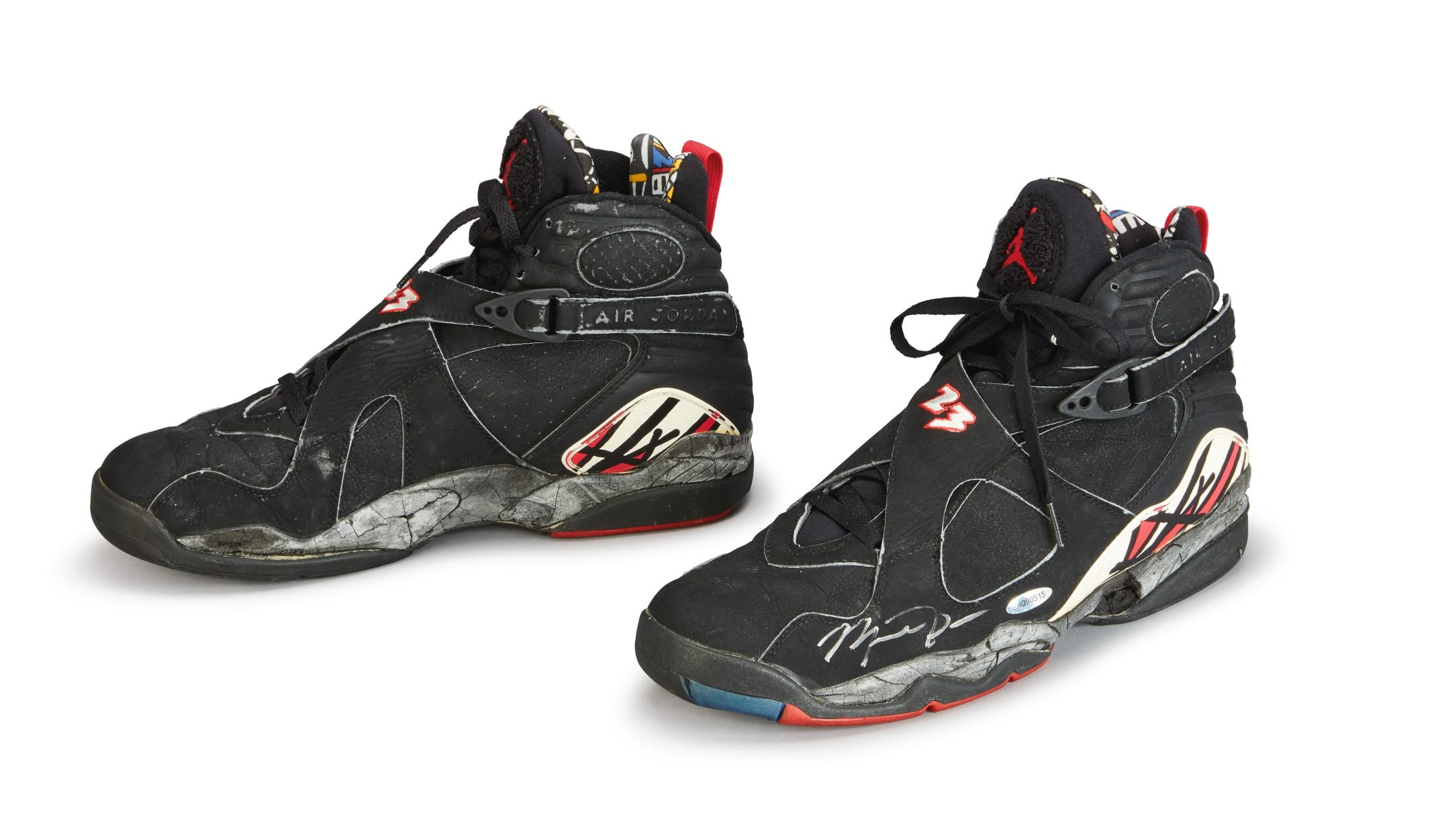 Michael Jordan Playoff Game Worn and Signed Air Jordan VIII Black and Red, Foto: Sotheby's