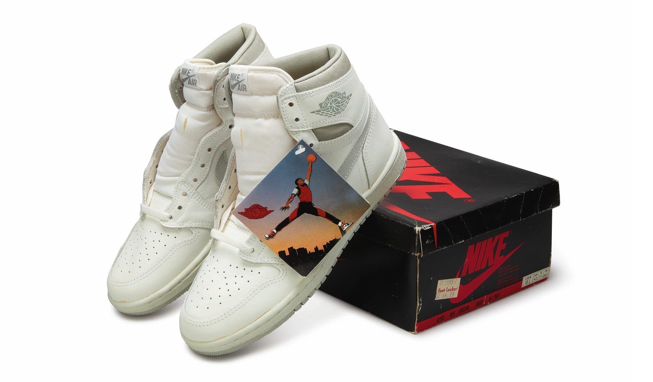 Nike Air Jordan 1 High OG (1985) 'Natural Grey', Foto: Sotheby's