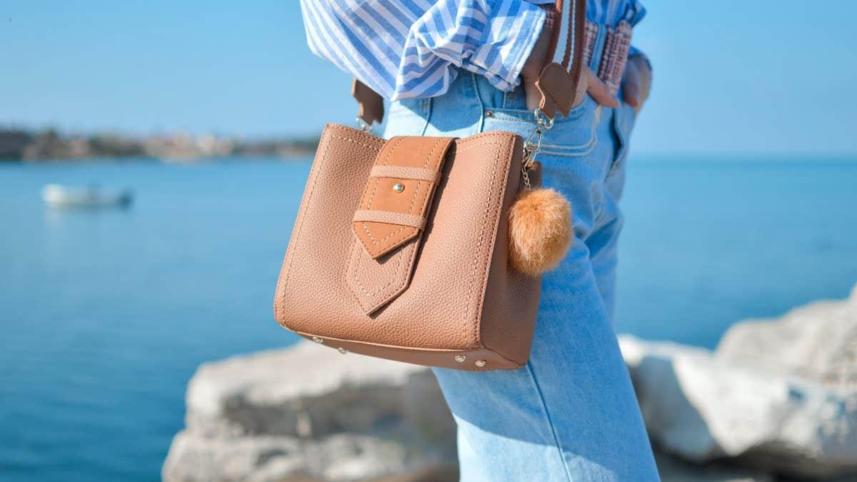 Handtaschen gehen immer, Foto: Tamara Bellis / Unsplash