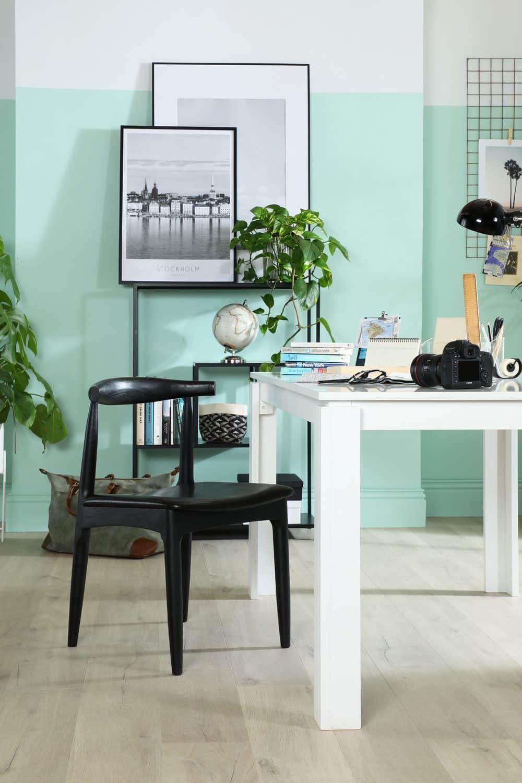 Frische Farben, persönliche Gegenstände und Accessoires sorgen für ein besseres Gefühl und steigern die Produktivität. Foto: Furniture And Choice