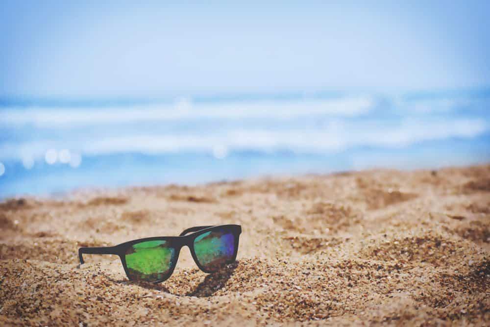 Sonnenbrillen passen in jeder Situation, Foto: Sai Kiran Anagani / Unsplash